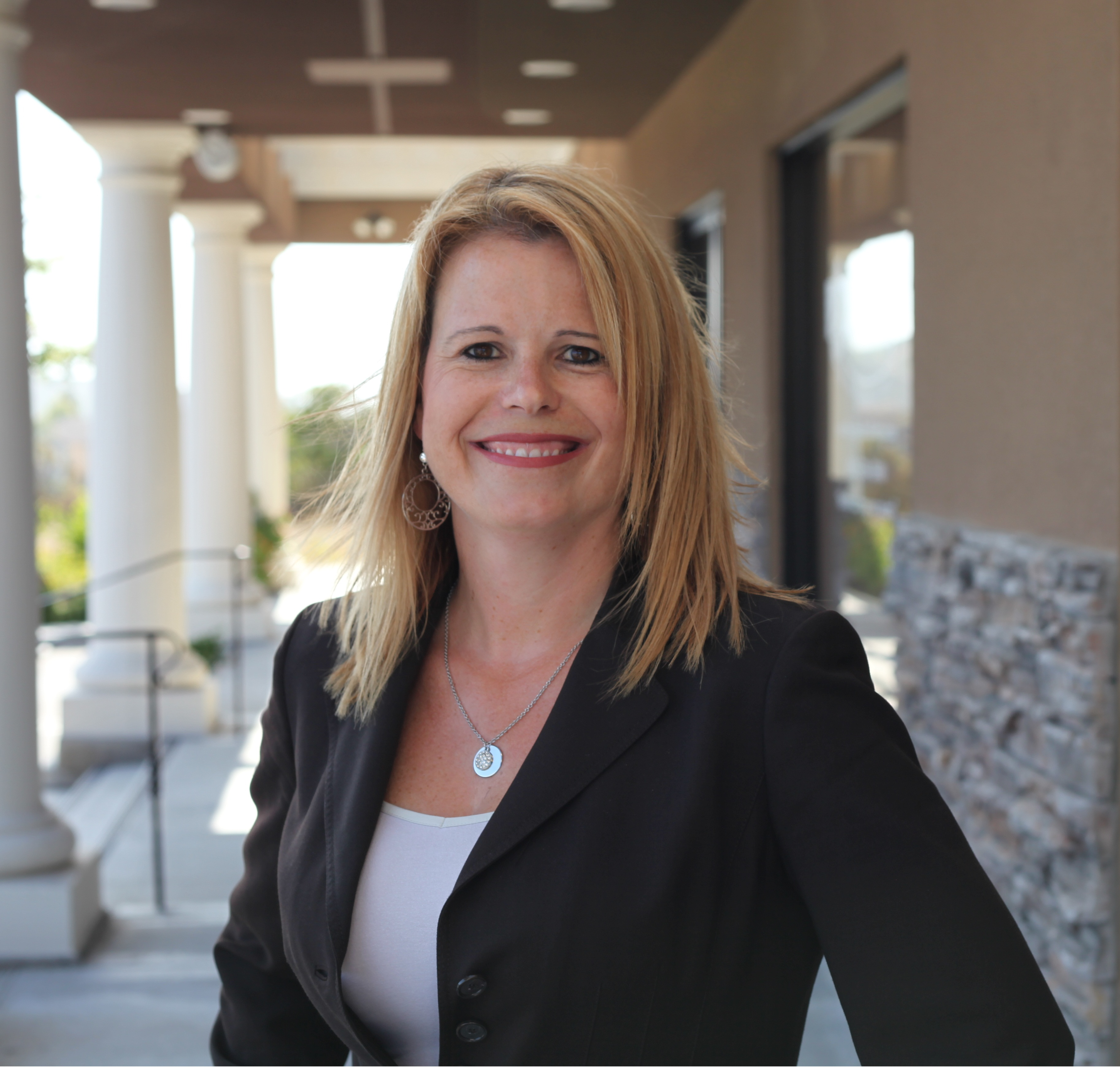 Laura Hatch on how to handle dental patients - the hand off don't drop the ball - The MGE Blog